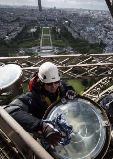 Mantenimiento de la Torre Eiffel