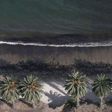 Oil is visible on the beach at Refugio State Beach on May 21st 2015 in Goleta, California. California Governor Jerry Brown declared a State of Emergency after over 100,000 gallons of oil may have spilled from an abandoned pipeline onto the land near Refugio State Beach, spreading over about nine miles of beach within hours. Credit: Getty Images