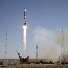 A Russian Progress spacecraft blasts off from the launch pad at the Baikonur cosmodrome, Kazakhstan July 3rd 2015. The unmanned version of the Russian Soyuz spacecraft known as the Progress 60P resupply vehicle is travelling to the International Space Station (ISS). Credit: Reuters