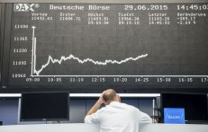 El gráfico de rendimiento del día muestra una fuerte caída del índice bursátil alemán DAX. THOMAS LOHNES (GETTY IMAGES)