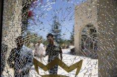 Un agujero de bala en una ventana del hotel Riu Imperial Marhaba, en las afueras de Sousse al sur de la capital de Túnez.